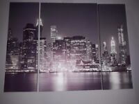 Set of 3 New York At Night Triptych Canvas..very Good condition