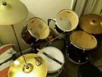 Peavey International Series II purple drum kit