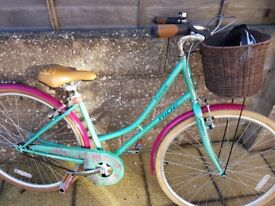 Ladies Pro Rider town bike