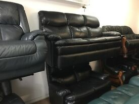 Black modern 3/2 settees 275 pounds