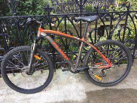 Fluid Ricochet Mountain Bike MTB Orangle-Black Shimano 20 Speed. Valued at $1400