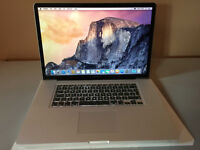 MacBook Pro 17 ins 2.2GHZ Quad cCre i7 1 TB Hard Drive, 8 8Gbs Ramc