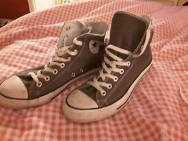 CONVERSE BOOTS size 10...Grey... soles hardly marked