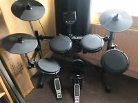 Electronic Drum Kit (Alesis DM6)