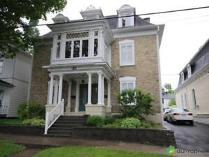 449 000$ - Maison 3 étages à vendre à Lévis