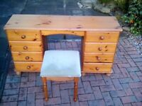 Dressing table solid heavy pine,+ stool