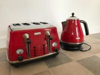 De Longhi Kettle Toaster and storage set