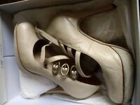 Topshop Cream 3 Buckle Stilettos Size 6