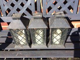 3x plastic lanterns for the garden