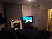 Double Bedroom To Rent In Spacious 2 bed house clode to town centre