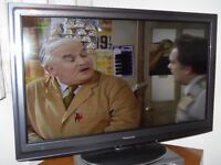 """Panasonic TV 37"""" TX-L37D25B Full HD LED freesat Freeview HD 1080P"""
