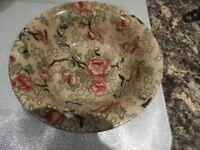 Bowl pattern called Chinese Rose