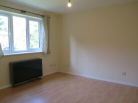 A Well Presented Studio Flat close to Colney Hatch Lane