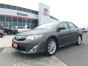 2013 Toyota Camry XLE/ 4CYL FRONT WHEEL DRIVE