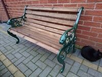 NEWLY BUILT UNUSED HEAVY LION'S HEAD CAST IRON BENCH IN GREEN METALLIC FINISH