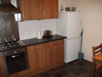 FLATSHARE - 1 bedroom available within a 4 bedroom HMO. Students only