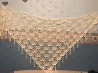 £20 shawl