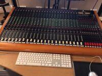 Toft ATB-24 analogue mixing desk