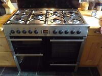 Beko Range Cooker - Silver gas rings and electric ovens/grill. Very good condition, fully working.