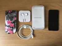 Ipod Touch Gen 6 128GB as new condition (space grey)