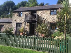 Gorgeous 3 bed converted barn 50 mtrs from the Sea in Portholland, Cornwall £995 per month inclusive