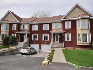 319 000$ - Maison en rangée / de ville à Mont-St-Hilaire
