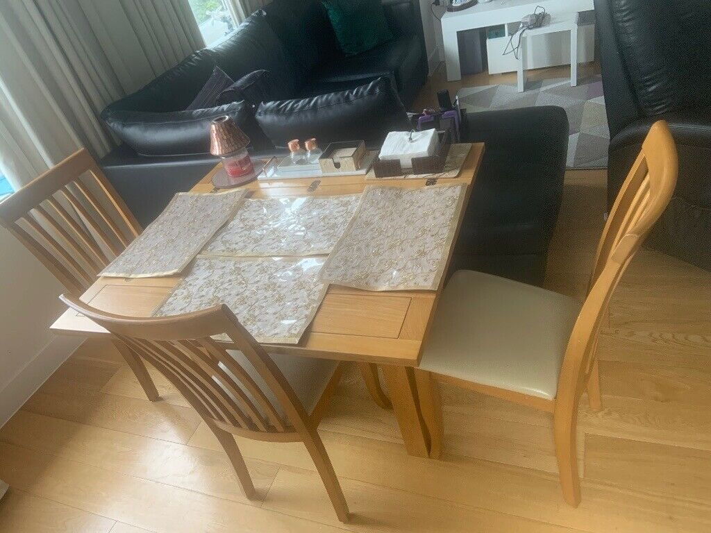 Barnes & Fadden Oak wood Foldable Dining table with chairs ...