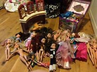 Huge doll bundle