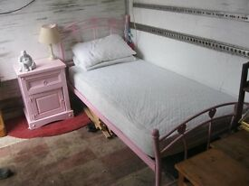 GIRLS PINK SINGLE BED WITH MATTRESS. ORNATE METAL FRAME. DISMANTLES. VIEWING/DELIVERY AVAILABLE