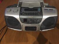 Aiwa Cd/tape/radio player