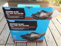 Wickes tile cutter, used once, spare unopened cutting disc