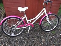 """Girls APOLLO Bike 24"""" White and Pink Excellent Condition"""