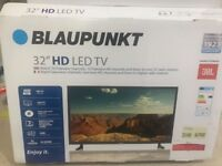 Almost brand new 32' Blaupunkt led tv