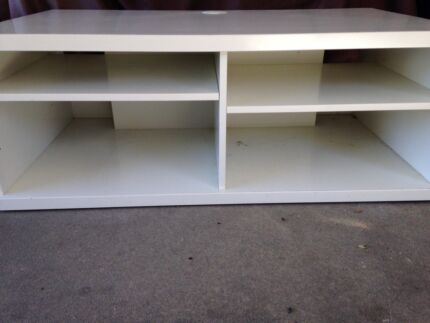 TV Stand / Cabinet Rosebud Mornington Peninsula Preview