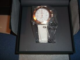 New Glycine Men's 3908.34.C6.LB4 Combat Sub Auto 42mm White Dial, S/S Bracelet.