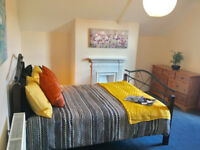 Taunton, double ensuite 455pm, fully furnished bills and wifi incl, prof only, no couples