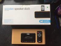 Acustic Solutions Speaker Dock. I Phone 4/5.