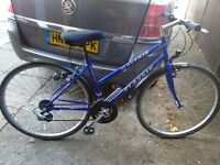 Ladies town bike with alloy wheels with good tyres 21 gripshift gears 20 frame mudguards vgc gwo