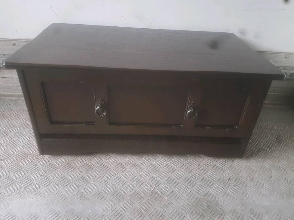 Tv Cabinet - Quality Solid Dark Oak Tv Cabinet
