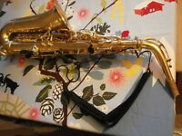 Alto Saxaphone Very Good Condition .Sold with full pack of reeds, cloth and case.