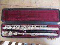 Yamaha YFL211UK Flute