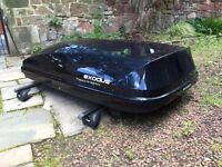 Exodus 470l Roof Box complete with Thule Roof Bars and fittings - complete system (worth £400 new)