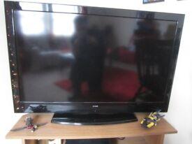 40 Inch Luxor Flat Screen TV