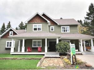 600 000$ - Maison 2 étages à vendre à St-Sauveur