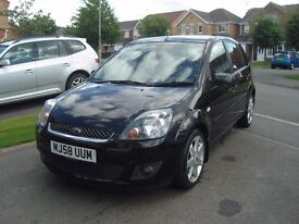 Ford fiesta 1.4 zetec blue edition 5door finished in gleaming panther black