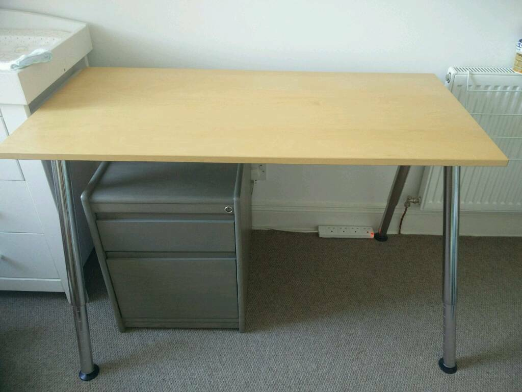 Ikea thyge desk in trinity edinburgh gumtree
