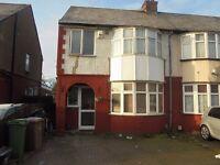 3 bedroom house near M1