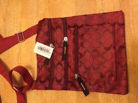Wholesale 30 cross body bags