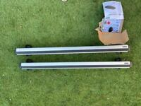 Thule Wingbars, Footpack and Fixing Kit for Audi Q5
