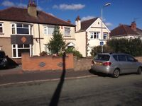 2 LARGE DOUBLE ROOMS TO RENT